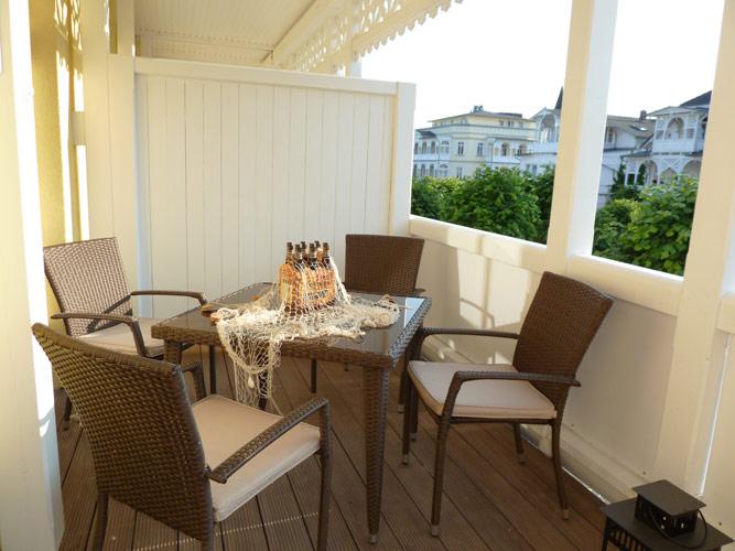 Villa Freya auf Rügen im Ostseebad Sellin - Balkon