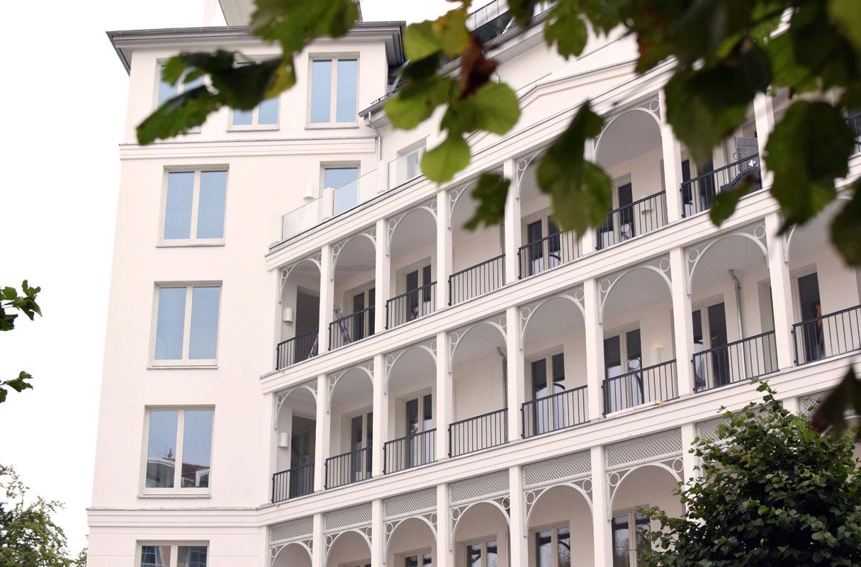 First-Sellin-Balkon